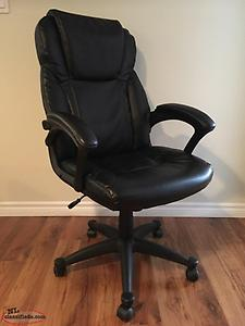 Computer Chair ( SOLD SOLD)