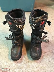 Dirt Bike Boots for sale