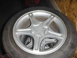 "MUSTANG GT 17"" ALLOY WHEELS AND TIRES"
