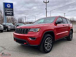 2017 JEEP GRAND CHEROKEE TRAILHAWK 4X4 WITH ONLY 27,000 KILOMETRES!!!