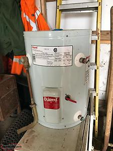 10 Gal (45L) electric water heater