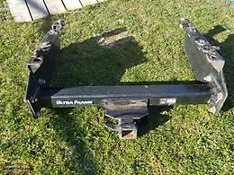 Ultra Frame heavy duty mounting hitch
