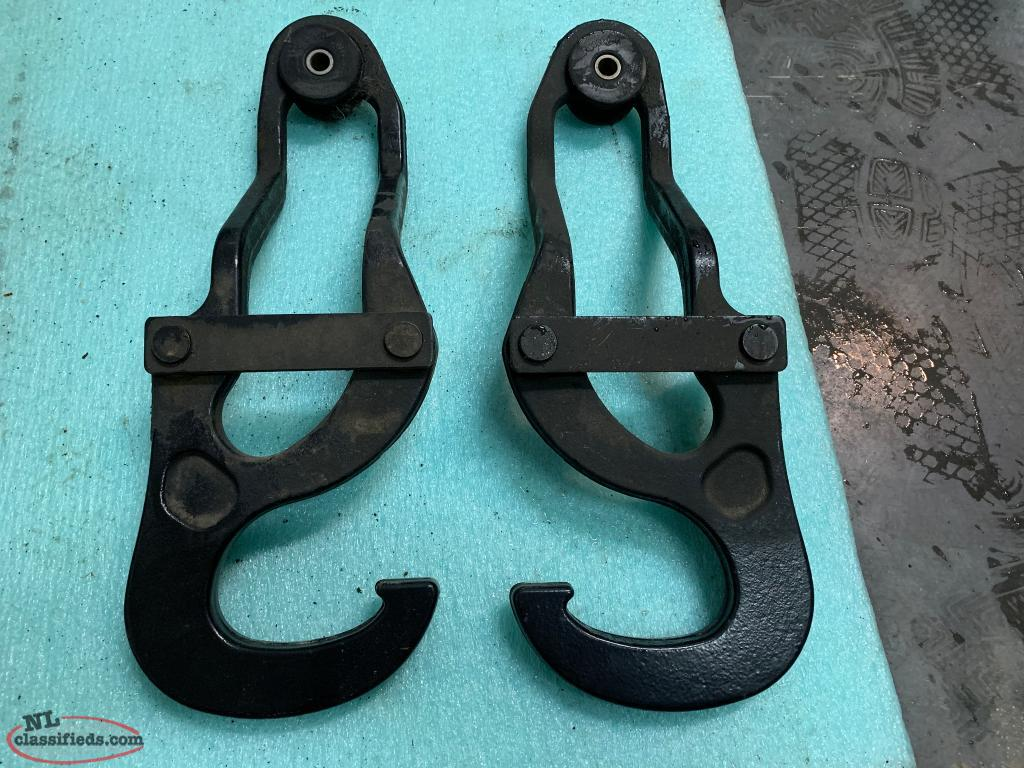 4th Gen Ram 1500 Tow Hooks for Sale - Paradise, Newfoundland