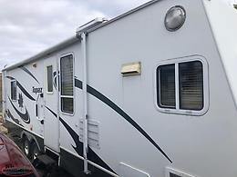 2007 Topaz By Triple E 32 Foot, 2 Slides, Sleeps 6, A/C, Awning, Mint Condition!