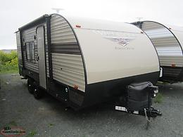 2019 Wildwood 171RBXL Couples Trailer. Only 4100 Lbs!