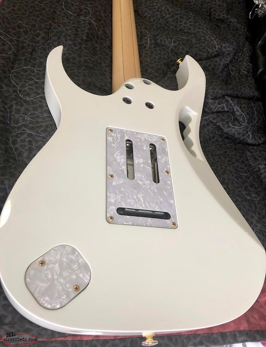 Ibanez JEM7V-WH JEM Series Steve Vai Signature Guitar with