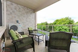 New Price!! Stunning 2 Bedroom Condo on Rhodora. A Must See!!