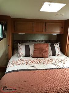 2010 Sportsman Fifth Wheel