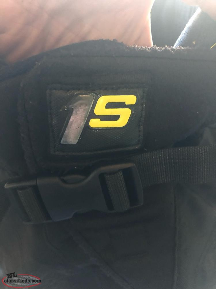Bauer 1X Jr Shoulder Pads / Bauer 1S Hockey Pants - St
