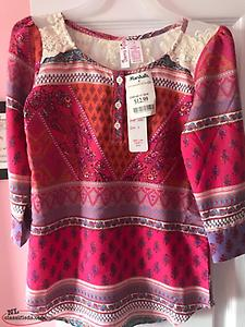 Girls tops / shirts plus dresses size 6x 7 and 8 ,few of which are new with tags