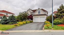 Immaculate Home-Beautifully Landscaped Large Lot!