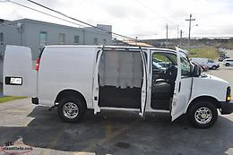 2015 Chevrolet Express 2500 - Factory Warranty / New Tires / 99k