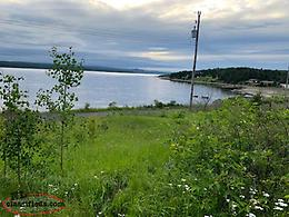 Ocean view property located in Harcourt, Just 15 mins from Clarenville.
