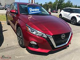 2019 AWD Nissan Altima SV Demo