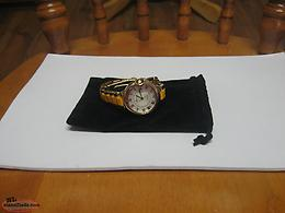 BEAUTIFUL LADIES WATCH NEVER WORN