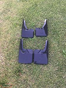 RAM 1500 Moulded Mudflaps