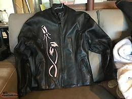 LADIES LEATHER 2 PC-SIZE -M (MOTORCYCLE.)