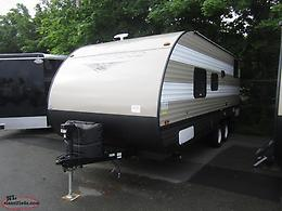 2019 Wildwood 20' Lightweight Trailer with Bunks Just $87 Biweekly Tax Included