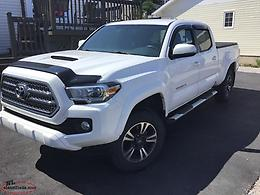 2016 Toyota Tacoma TRD Sport 4wd c/w navigation