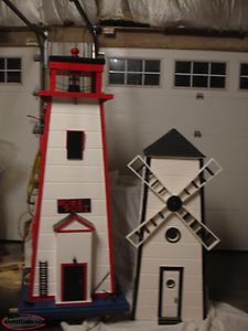6 FOOT ELECTRIC LIGHTHOUSE