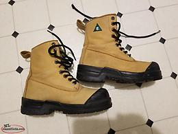 Size 7 Wide Steel Toe Work Boots