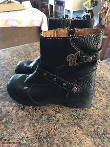Ladies Milwaukee Motorcycle Boots Size 9.5