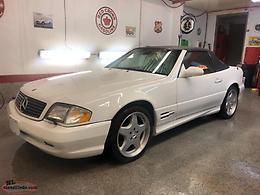 1999 MERCEDES BENZ SL 500 SPORT WITH AMG PACKAGE - 52,000 KM.S