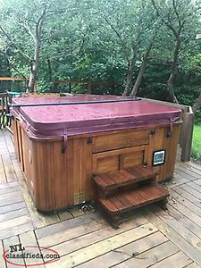 Price reduced Hydro pool hot tub