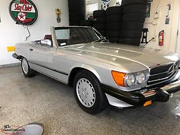 I988 MERCEDES BENZ - 560 SL. ROADSTER