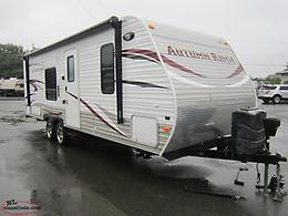 2014 Autumn Ridge 278BH Travel Trailer. 5241 Lbs! Only $69 Biweekly Tax In!