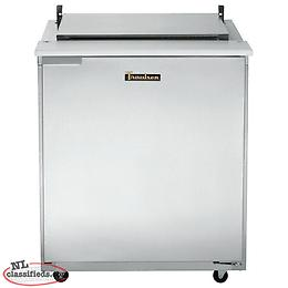 "Traulsen 32"" Sandwich Prep Table w Door"