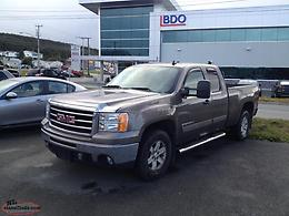 2012 GMC 1500 SLE, Extended Cab, 6.2 V8 w/HD Towing Package c/w 5th Wheel Hitch