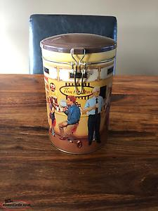 1991 Tim Horton's Collectible Canister #001