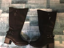 Ladies size10W winter boots