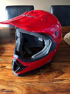 Dirt Bike Helmet (Size Adult XL)