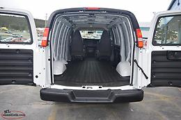 2018 Chev Express 2500 Cargo Van - Only 33K / CLEAN - LIKE NEW!