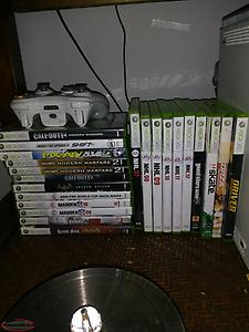 Xbox 360 4 controllers and 22 games