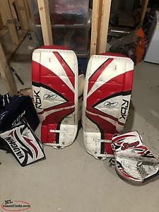 Pads, Glove And Blocker