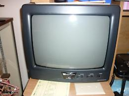 14IN. W WHITE WESTINGHOUSE TV WITH REMOTE
