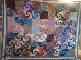 New Hand Made Queen Size Quilt Made in no pet non smoking home.