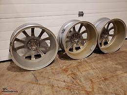"18"" Wheels, silver, winter grade"