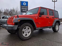 2014 JEEP WRANGLER UNLIMITED SPORT - GREAT SHAPE; ONLY 64,000 KM!!!