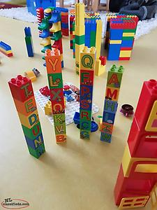 Lego Duplo (Almost 1000 pieces)