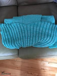 BRAND NEW* Adult/Child Mermaid tail blankets - NEW