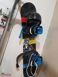 Firefly 130 snowboard boots and helmet