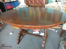 Newfoundland ANTIQUE NL MADE SMALL TABLE.
