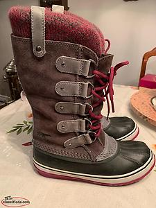 Ladies Sorel Boots Size 8