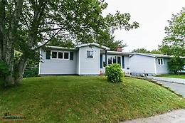 Located on very quiet cul-de-sac, 10 mins to Bowering Park - Only $249,900!!!