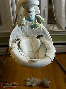 Fishet-Price Sweet Little Lamb Cradle and Swing