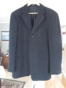 Armani Collezioni Sport Coat Sized 40R - Made in Italy!